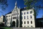www.osnabrueck-fuehrungen.de, Haupteingang des historischen Klinikgebäudes